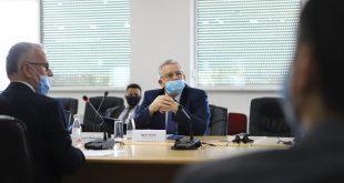 Ministri i Punëve të Brendshme, Agim Veliu e vizitom AKSP-në, pritet nga i Përgjithshëm, Ismail Smakiqi