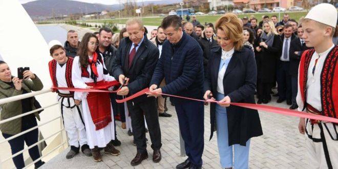 Kryetari i Mitrovicës nga radhët e AKR-së, Agim Bahtiri, përuroi liqenin artificial në luginën e Ibrit