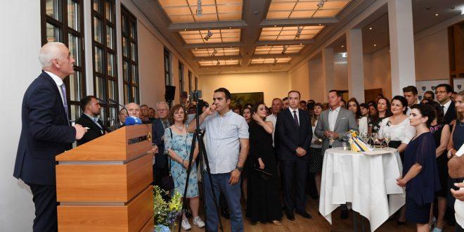 Nën organizimin e Ambasadës së Kosovës në Gjermani shënohet 20-vjetori i çlirimit të vendit