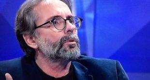 Gjon Bruçi: Vajtocja, Andrea Stefani, për të hollat që i ka dhënë i zoti i shtëpisë së të vdekurit, ja fut një vaji të zvargur