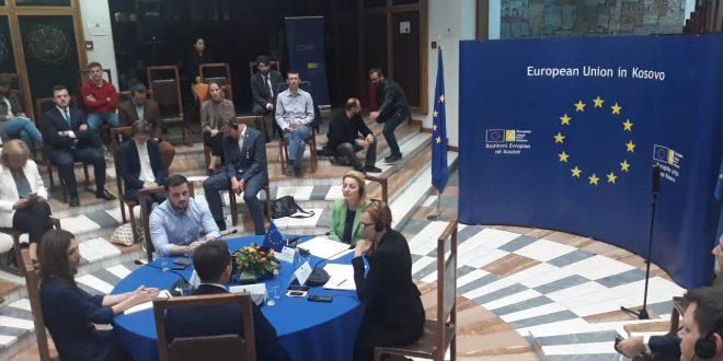 BE financon të rinjtë e Kosovës për të studiuar në vendet e evropiane përmes skemës Young Cell