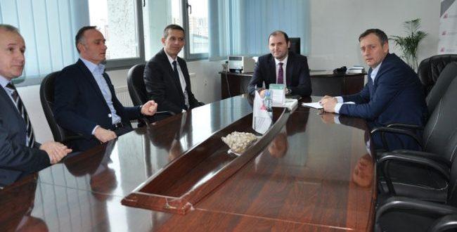 Dogana e Kosovës dhe Administrata Tatimore vazhdojnë bashkëpunimin për luftimin e ekonomisë joformale në vend