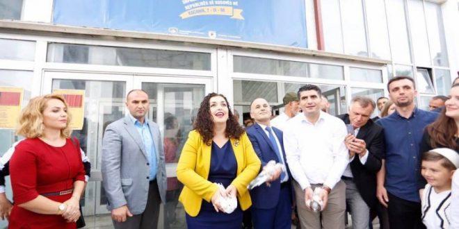 Vjosa Osmani: Shteti nuk është vetëm territor, popull e pushtet shtetëror por është edhe ideal