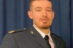 Shqiptari nga Kosova Adonis Shala gradohet si oficer specialist dhe rreshter në ushtrinë suedeze