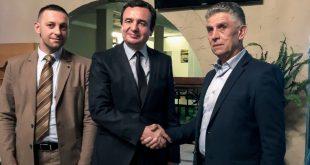 Kryetari i Lëvizjes Vetëvendosje, Albin Kurti, ka takuar liderin e Sanxhakut të Novi Pazarit, Sulejman Ugljanin