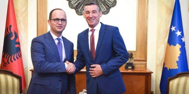 Kryekuvendari, Kadri Veseli, takoi ministrin e Jashtëm të Shqipërisë, Ditmir Bushati