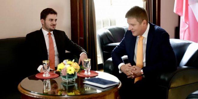 Cakaj thotë se ka marrë mbështetjen e Çekisë për çeljen e negociatave të anëtarësimit të Shqipërisë në BE