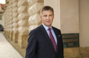 Ministri i Jashtëm i çek, Tomas Petriçek thotë se Qeveria çeke nuk e ka ndryshuar qëndrimin e saj për Kosovën