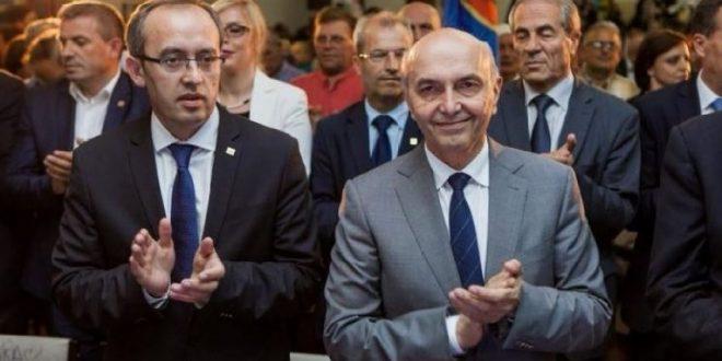 Isa Mustafa e quan kanibalizëm politik sulmin e deputetes së LV-së, Mimoza Kusari-Lila ndaj kryeministrit Hoti