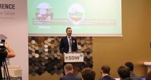 Ministri Lluka merr pjesë e konferencës 4 ditore 'Java për Zhvillim të Qëndrueshëm të Kosovës'