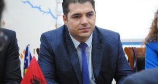 Bajram Hasani: Mund të na detyrojnë ta heqim taksën, por nuk mund të na detyrojnë të blejmë produkte serbe