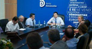 Përçarje në PD pas refuzimit të përmbajtjes së Reformës në drejtësi