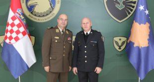 FSK: Gjeneral brigade Bashkim Jashari priti në takim gjeneral brigade, Blazho Beretin nga Kroacia
