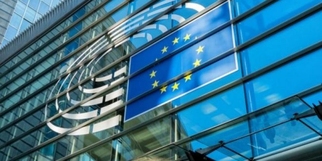 Bashkimi Evropian po e mbështet Serbinë në kushtëzimin e dialogut me heqjen e taksës së vendosur nga Kosova