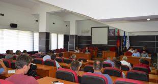 Kryetari i Komunës së Malishevës, Ragip Begaj, ka mbajtur takimin e parë publik me qytetarë