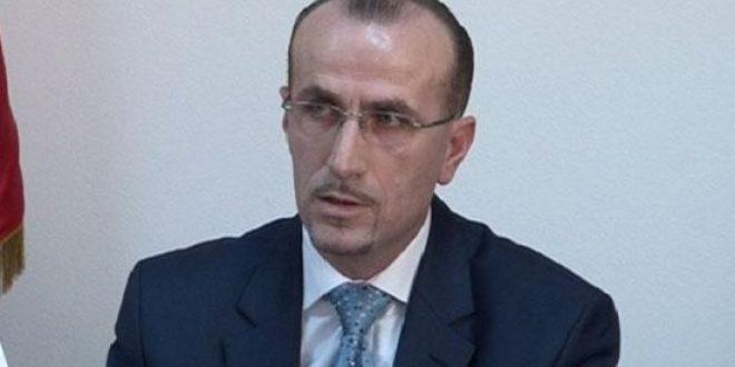 Deputeti i PDK-së, Bekim Haxhiu,vlerëson se situata me pandeminë në vend është kritike, buzë kolapsit