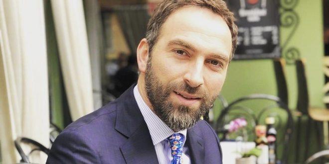 Blerand Stavileci: Vendimi i Qeverisë për shtesat e personelit shëndetësorë 60 euro është yerje e madhe për mjekët dhe infermierët