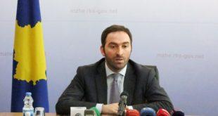 """Vazhdojnë polemikat e """"replikat""""mes ministrit Stavileci dhe kryetarit të Prishtinës Shpend Ahmeti"""