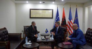 Ministri i Infrastukturës, Pal Lekaj ka biseduar me ambasadorin e Kosovës në Arabinë Saudite, Rexhep Boja