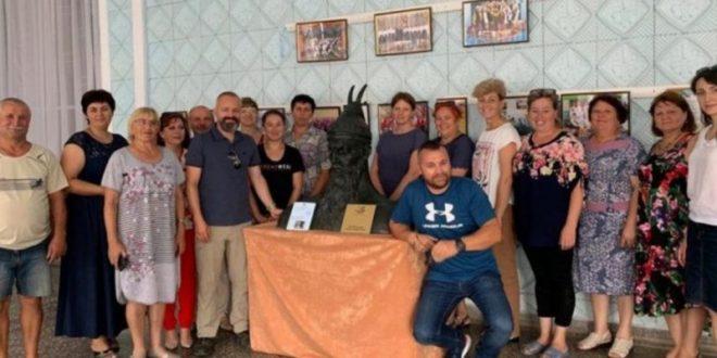 Busti i heroit të kombit shqiptar, Gjergj Kastrioti Skënderbeu është vendosur në Karakurt të Ukrainës