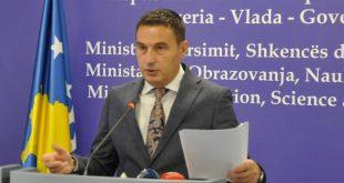 Ministri i Arsimit, Shyqyri Bytyçi, ende në detyrë, vazhdon luftën me të gjithë por vazhdimisht i mundur