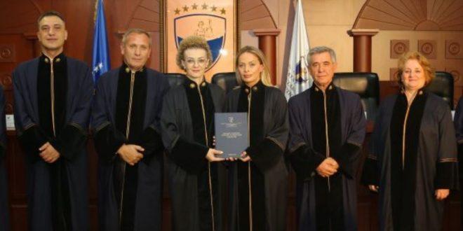 Gresa Caka-Nimani e pranon edhe zyrtarisht detyrën e kryetares së Gjykatës Kushtetuese të Kosovës