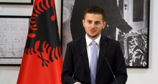Shqipëria anulon pjesëmarrjen në Samitin e Sarajevës duke u solidarizuar me Kosovën, që nuk është ftuar si shteti i pavarur
