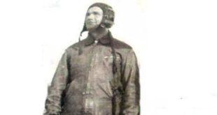 Albert Z. Zholi, Njazi Nelaj: Flet ish-piloti i klasit të parë Çobo Skënderi