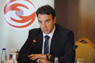Ambasadori anglez, Ruairi O'Connell, ka uruar qytetarët e Kosovës për ditën e shpalljes së Pavarësisë