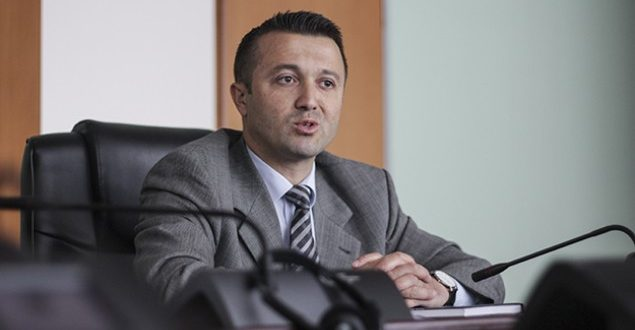 """Veton Berisha ankohet në Kushtetuese pas refuzimit të ankesës nga PZAP-i dhe Supremja për votat e """"Romani Iniciativa"""""""