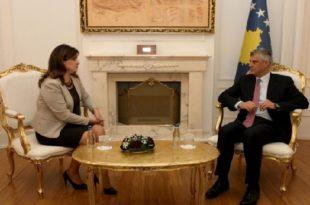 Kryetari, Thaçi takon drejtuesen e KQZ-së