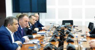 Gjykata Kushtetuese: Delegacionit shtetëror të Kosovës për dialogun me Serbinë është në kundërshtim me Kushtetutën