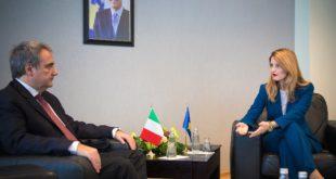 Ministrja, Dhurata Hoxha priti në takim ambasadorin e Italisë në Kosovë, z. Piero Cristoforo Sardi