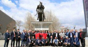 """Kryetari i Kosovës, Hashim Thaçi, sot ka pritur në takim ish-pjesëtarët e Batalionit """"Atlantiku"""""""