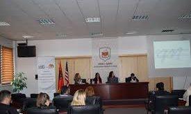 """Më 14 nëntor në Gjakovë përurohet libri, """"Unë jam Anemone"""" si dhe hapet një Ekspozitë me foto"""