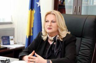 Ish-dialoguesja e Kosovës me Serbinë, Edita Tahiri, është kthyer kundër propozimeve të kryetarit Thaçi