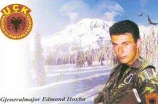 Sot në një ceremoni përkujtimore në Junik, zbulohet shtatorja e dëshmorit të kombit, Edmond Hoxha