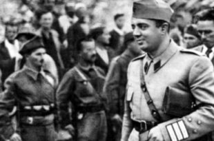 Në Plenumin e Beratit, Enver Hoxha akuzoi rreptë disa nga bashkëluftëtarët e tij për vrasjen e kundërshtarëve