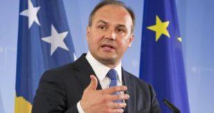 Enver Hoxhaj: Ata mund të dëmtojnë emblemën tonë, por jo atë që përfaqëson, Kosova është shtet i pavarur dhe sovran