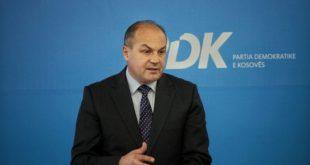 Enver Hoxhaj: Qeveria e Kosovës po legjitimon gënjeshtrat e Serbisë, duke i ngjallur fantamzat serbe për arkiva të UÇK-së