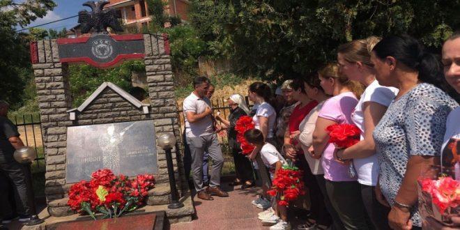 Në 20 vjetorin e rënies heroike sot janë përkujtuar dëshmorët e kombit, Reshat Çoçaj e Muharrem Samahodaj