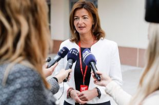 Tanja Fajon: Është e rëndësishme që dialogu Kosovë - Serbi të vazhdojë pasi status quo nuk është i tolerueshëm