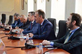 Limaj: Ka plotë tema, të cilat duhet të bisedohet me Serbinë, por kryetema duhet të jetë njohja reciproke