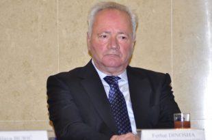 Ferhat Dinosha: Ti Abazoviq e do Malin e Zi ndoshta edhe më shumë se unë, por unë e dua Shqipërinë më shumë se ti