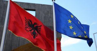 """Sipas agjencisë se lajmeve """"Reuters"""" vendimi për hapjen e negociateve për Shqipërinë do të shtyhet deri në tetor"""
