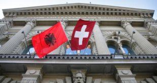 Albinfo.ch: Shqiptarët zënë vendin e katërt të popullatës së huaj në Zvicër