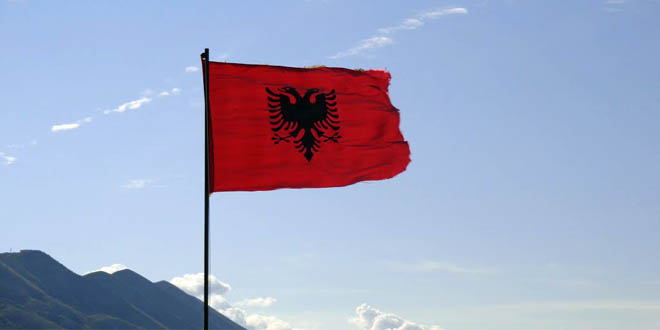 Kuvendi malazez miraton, Projektligjin për simbolet kombëtare që garanton edhe përdorimin e lirshëm të flamurit shqiptar