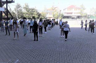 8300 nxënës që e kanë paraqitur testin e Maturës Shtetërore 2020 për afatin e dytë sot i nënshtrohen testimit