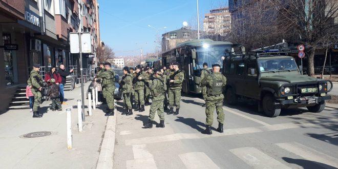 Në 11-vjetorin e Pavarësisë, FSK-ja ka parakaluar për herë të parë si Ushtri e Kosovës
