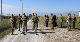 """Në Komandën e Forcave Tokesore në Burim mbahet gara ekipore """"Ujku Garues 2020"""", marrin pjesë 14 ekipe të FSK-së"""